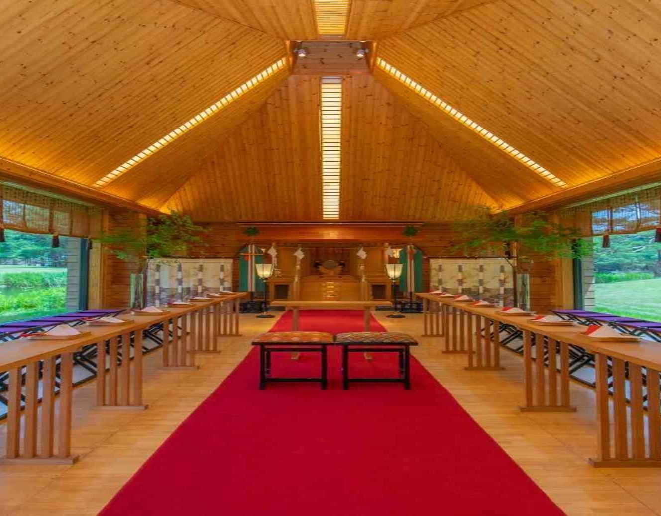 f5bae265262c6 チャペル、ガーデン挙式会場、神殿など挙式ステージを選べる