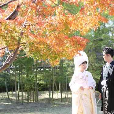 THE 祝言~中村公園記念館~ 紅葉に彩られた美しい庭園も1日1組のみ、ゆっくりとお楽しみ頂ける
